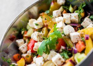 Lun potetsalat med deilig feta og tomat