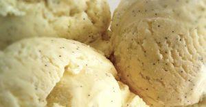 Hjemmelaget vaniljeis